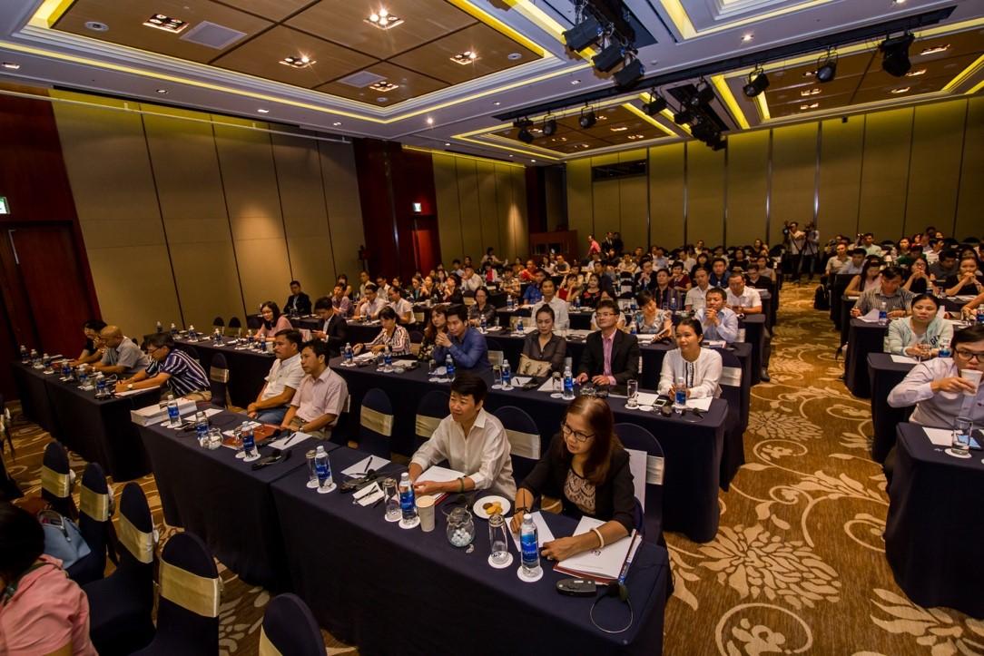 Visa tham dự hội nghị Úc